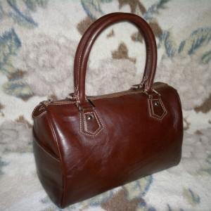 کیف چرم زنانه قهوه ای سیر کد y100